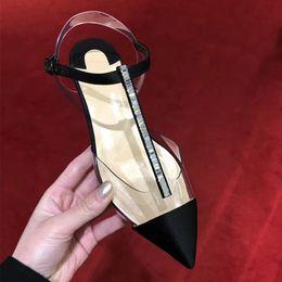 Satin Noir Boucle De Courroie Femmes Appartements PVC Cristal Conception De Mode Sandales Slingback Été Pointu Chaussures En Cuir ? partir de fabricateur