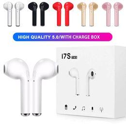 Cargadores base online-I7S TWS Bluetooth 5.0 visión auriculares inalámbricos auriculares Auriculares gemelos con cargador de caja base para Android Samsung Sony venta caliente