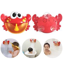 2019 soffiando in plastica Blowing Bubbles Machine Giocattolo di plastica per bambini bolla di sapone giocattoli del bambino del fumetto Outdoor Big Crab Bubble Maker Regali per bambini soffiando in plastica economici