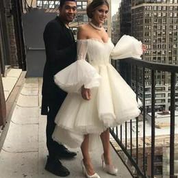 Salut bas robes de bal gonflés en Ligne-Robe de soiree blanche courte de cocktail 2020 Robe de soiree de bal Hi Low Puffy Sleeve