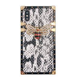2019 peau de serpent iphone Design de luxe Snake Skin Bee Coque pour iPhone X XS MAX Coque Carré en Silicone Pour iPhone 6S 8 7 Plus 6 Couverture Coque Fundas promotion peau de serpent iphone