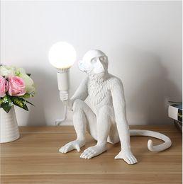 Modern Siyah Maymun avizeler Kenevir Halat Kolye Işık Moda Basit Sanat İskandinav Kopyaları Reçine Seletti Asılı Maymun Lamba cheap monkey lights nereden maymun lambaları tedarikçiler