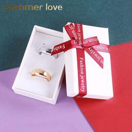 2019 rote bandarmbänder Neue Mode Weiß Phantasie Papier Geschenkbox für Halskette Ring Armband Hohe Qualität Karton Papier Box Mit Großen Roten Band Bogen günstig rote bandarmbänder
