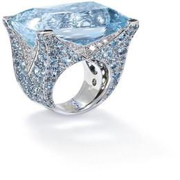 Grandes anillos de cristal online-Azul Grande de Piedra Princesa Cut Silver Crystal Anillos para Las Mujeres Chica Compromiso Regalo de Cumpleaños Joyería Anillo de Lujo O5X874