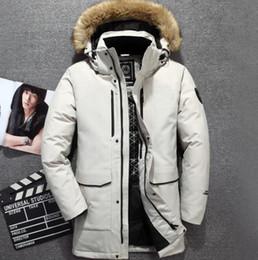 2019 jaqueta zip completo Hot 2019 Frete Grátis Os Homens jaquetas de Inverno ao ar livre Manter moda quente Norte casual frio quente grosso jaqueta de rosto Men118