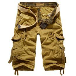 Длина бедра онлайн-Casual Men Camo Cargo Pants Camouflage Calf-length Hip Hop Streetwear Homme Multi-pocket work Pants Male trousers 2019