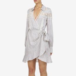 2019 Spring New White Stripe Dress V Collar a maniche lunghe in pizzo Splice Lotus Leaf Dress Full Bow al ginocchio supplier sleeved full length dresses da maniche lunghe fornitori