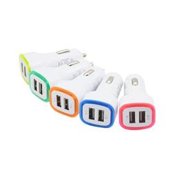 Iphone luz de apple online-5V 2.1A de los puertos duales USB LED del adaptador del cargador de Charing luz del coche Adaptador Universal para iPhone Samsung Nota 10 HTC teléfono celular de LG