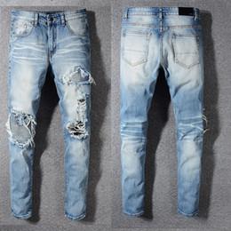 1e024044e6 Hombre desgastado Ripped Biker marca Jeans Slim Fit motocicleta Biker Denim  para hombre diseñador de moda Jeans Hip Hop Jeans para hombre de buena  calidad ...