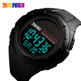 Relógio digital luminoso on-line-SKMEI Men Luminous Relógios Esporte Digital Mens pulso Solar For Power Enviormentally Alarm Masculino Relógio reloj hombre 1405