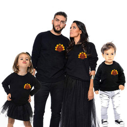 2019 correspondant chemises fille maman Automne Famille Look Père Fils Mère Fille Clother Cartoon pour Maman Moi Tenues Assortie T-shirt Sweat Maman Bébé Pull correspondant chemises fille maman pas cher