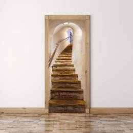 Pegatinas decoracion escaleras online-Escaleras viejas etiqueta de la pared de la puerta Gráfico Único Mural Cosplay Regalos para sala de estar decoración del hogar Pvc Decal papel WN654d