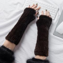 2019 мех руки Glaforny 2018 Новый рука варежки мода меховые перчатки черный коричневый зима вязаные перчатки варежки 30 см / 40 см скидка мех руки