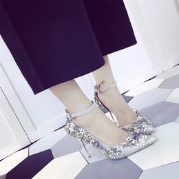 talons floraux bleu vert Promotion Nouveau style femmes chaussures de mariage chaussures à talons hauts chaussures de mariée chaussures de fête de mariage d'argent / or QDX40