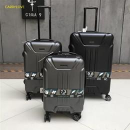 Canada Trousse de transport populaire avec valise à roulettes, 20