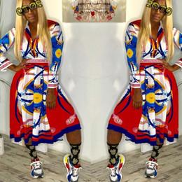 Colletto in su online-Abito sexy a camicia High Street Abito lungo a manica rovesciata con risvolto a manica lunga 2019 Abito stampato con bottoni Lady With Sash