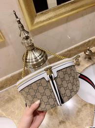 белые стеганые сумочки Скидка Модные сумки белого и черного стеганого плеча с цепочкой Крупнейшие сумки через плечо для женщин Brandfashion 0330