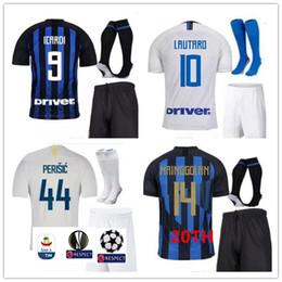 5f6e63a9b9730 Al por mayor conjunto completo de camiseta de fútbol online - Camiseta de  fútbol de local