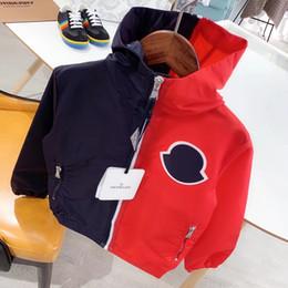 Niños gore tex chaquetas online-Ropa de diseñador de lujo para niños Chaquetas M * ncler 2019 Moda Niños Niñas Ropa Al por mayor Giacca Firmata Abrigos de alta calidad
