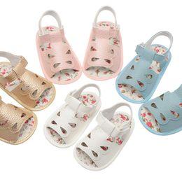 2019 sandalias abiertas Baby Summer Baby Shoe PU Leather Princess Water Drop Sandalias abiertas Slip Transpirable Zapatos para niños pequeños Sandalias para bebés Zapatos rebajas sandalias abiertas