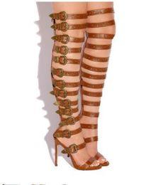Sobre as sandálias de joelho on-line-Abesire Mulher Sexy Fivelas Embelezado Recortes Gladiador Sandálias Botas Meninas Peep Toe Over-the-knee Botas Senhoras De Salto Alto