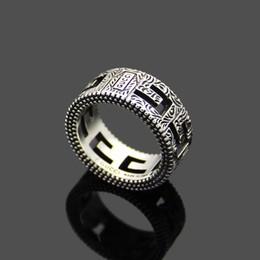 anillos de dedo personalizados Rebajas Recién llegado Estilo retro Lady Titanium Steel Tallado Diseños florales Letra G Anillos de compromiso de boda Size6 - 9