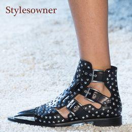 Короткие сапоги короткие онлайн-Stylesowner Metal Studded Rivets Short Boots Sandal Woman Pointy Toe Buckle Straps  Boots Cut Out Fashion Cool Shoes Woman