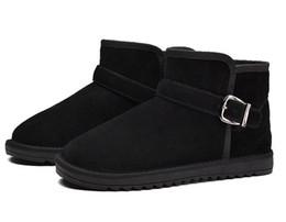 Botas de hebilla de invierno de los hombres online-Venta caliente 2018 Nuevas Mujeres de los hombres Botas de Nieve Cálidas Botines Hebilla Match Solid Martin Boots Zapatos de Las Muchachas de la alta calidad Venta caliente Botas de invierno tamaño; 35-46
