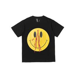 2020 mulher sorriso t shirt 2019 Hot Smile Tee Homens Logotipo Desiger T-shirt Das Mulheres Casal Verão Moda Casual Rua Mens T-shirt Preto Branco S-XL YP07 mulher sorriso t shirt barato