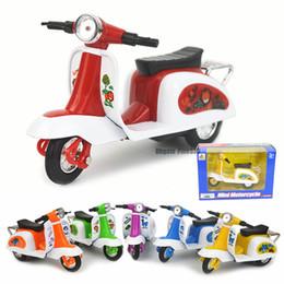 Modelos de motocicletas de brinquedo on-line-Liga de brinquedo de carro empurrar para trás brinquedos para crianças de retorno da motocicleta modelo triciclo de cozimento bolo decorativo brinquedos decorativos automóvel molde brinquedo