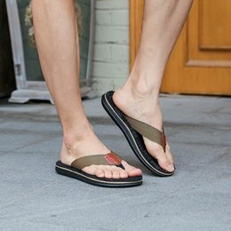 massaggio classico Sconti new Fashion Infradito piatta per uomo classics basic Pantofole Beach Shoes Outdoor Massage scarpe uomo sandali 2019 zapatos