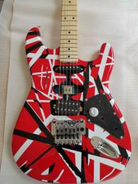 Dadi di bloccaggio online-Custom Eddie Van Halen Frankenstein White Black Stripe Red ST Chitarra elettrica Floyd Rose Dado di bloccaggio tremolo, tastiera manico in acero