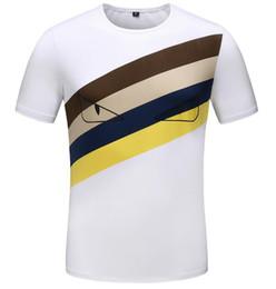 2019 Estate Designer Medusa Magliette per uomo Fashion Bag Bugs occhi Stampa T Shirt Abbigliamento uomo Italia Marca manica corta Tshirt Donna Top da