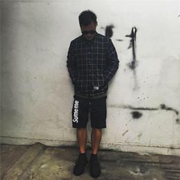 Pantalones cortos para hombre online-Pantalones cortos para hombre del diseño de lujo Carta cordón cosecharon los pantalones de la manera del color sólido de la calle pantalón marca Hip Hop 2020 Summer Clothes.B36