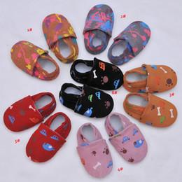 Çocuklar Ayakkabı Yenidoğan Erkek Kız Yumuşak Hakiki Deri Nemli Yerleşimler Bebek Ayakkabıları Ilk Yürüyüşe Bebek Moccasins 0-24Months Karton Skid Geçirmez cheap boys carton nereden erkek çocuklar karton tedarikçiler