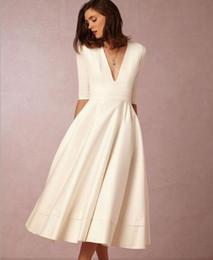 Europe et Amérique haut de gamme automne et hiver sexy robe profonde à manches en V manches longues robe décontractée pour fête de mariage pour femme ? partir de fabricateur