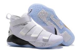 Lebron basketball schuhe männer schwarzes online-2018 Nike Jordan 11 neue James Soldier XI 11 Marineblau Herren Basketballschuhe LeBron Soldier XI 11 Schwarz / Rot / Weiß Sportturnschuhe
