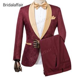 dessins de smoking Promotion Wonderful New Designs Custom Made Tuxedo Burgundy Imprimé Hommes Costume Ensemble Pour Mariage De Bal Costumes (Veste + Pantalon Noir)