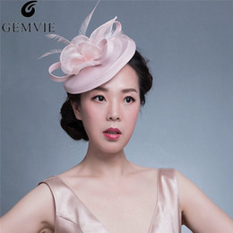 decf99e5ac2 Wedding Holiday Fascinator Cocktail Hat For Women Feather Floral Hairpin  Vintage Fashion Lady Party Church Fedora Hats D19011102