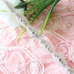 Argentina (5 yardas) Venta al por mayor Hotfix Clear Crystal Costura en apliques de diamantes de imitación con cuentas Cadena de recorte para el vestido de boda Tocados Tocados diadema Suministro