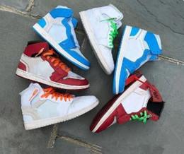 Clásico 3 colores nuevos 1 1s zapatos de baloncesto casuales Chicago Red North Carolina Blue UNC hombres mujeres zapatillas deportivas para venta barata tamaño 36-46 desde fabricantes