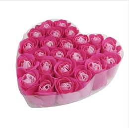 Argentina Mejor Venta 24 Unids Rojo Fucsia Perfumado Flor de Rose Pétalo Baño Cuerpo Jabón Regalo de la Boda Buen regalo para el Amigo Girls Lady cheap rose petals for sale Suministro