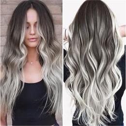 haarfarbe styles burgund schwarz Rabatt Art und Weise grauen Farbverlauf lange Locken große Welle lockige Haare Hochtemperaturfaser Chemiefaser Perücken stiegen lace Haarnetz
