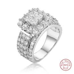 Bague pavée platine en Ligne-Bague en argent sterling Ladys 925 pave de luxe 4pcs princesse-coupé SONA diamant bijoux de mariage pour les femmes simulées platine fille cadeau