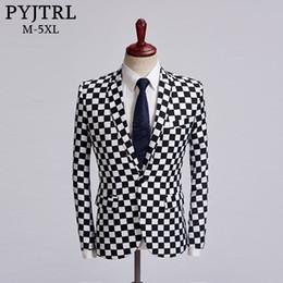 roupas finas Desconto PYJTRL Maré Macho Preto Branco Xadrez Design Blazer Mens Plus Size 5XL Moda Terno Jaqueta Singer Costume Homme Slim Fit Outfit