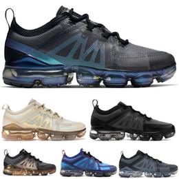 Nouvelle Arrivée VPM 2019 Fly Hommes Femmes Chaussures De Course Triple Noir Blanc Léger Respirant Coussin Designer Maille Sports Sneakers 36-45 ? partir de fabricateur