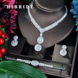b72f2c0abf25 HIBRIDE Luxury Round Flower Design Cubic Zirconia sistemas de la joyería  para el partido de las mujeres de lujo Dubai Nigeria Conjuntos de joyería  de la ...