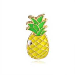 Badges enfants en Ligne-Verres arc-en-ciel Broche de fruits d'oiseau Badge en métal Dur Enamel Pin bouton Collection Collier Collier Denim Kids Hat Accessoire Bijoux Cadeau DHB680