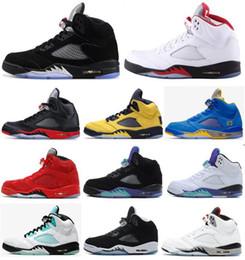 5 di alta qualità 5s 3M metallizzato nero riflettono nero Uva bianca Oreo pallacanestro Scarpe Uomo 5s Red Suede White Cement Sneakers con la scatola