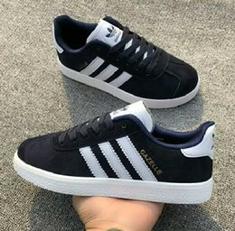 2020 sneakers pop 2020 NOUVEAU Gazelle Vintage Lovers Casual Chaussures unisexe Campus Pop Fille et garçon GAZELLE OG plat Superstar violet rouge bleu noir Sneakers Casual sneakers pop pas cher
